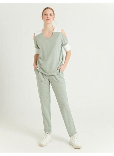 BGN Su Yeşili - Kontrastlı Bluz Yeşil
